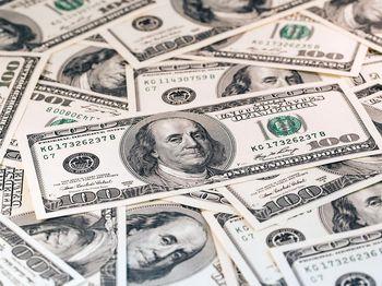 چرا دولت قادر به کاهش قیمت دلار نیست؟