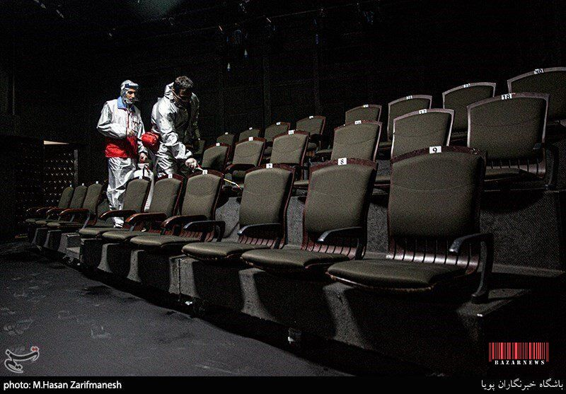 ضدعفونی کردن تهران توسط هلال احمر +تصاویر